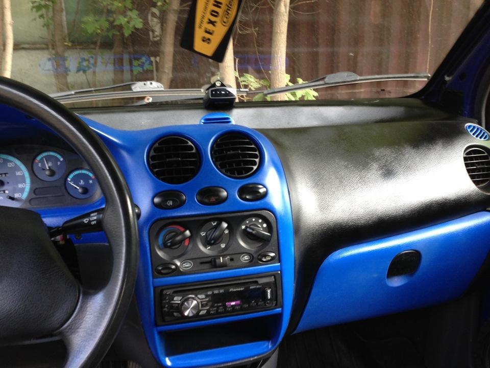 Чем покрасить панель автомобиля своими руками 63