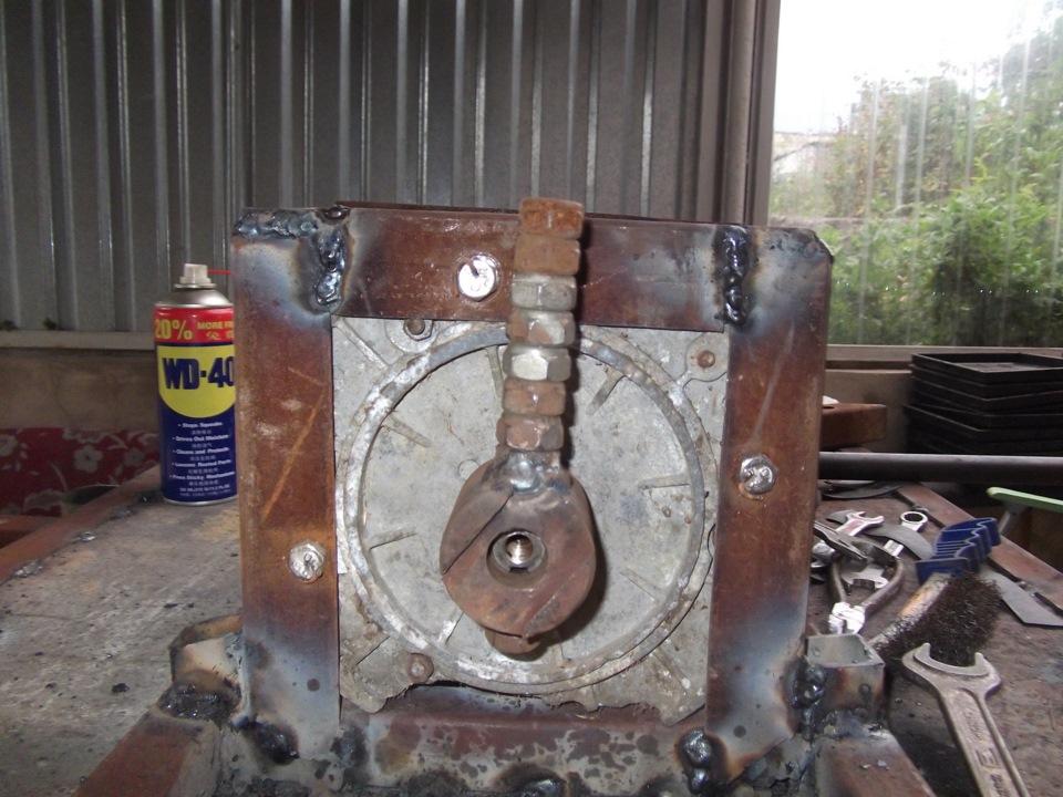 Двигатель на вибростол своими