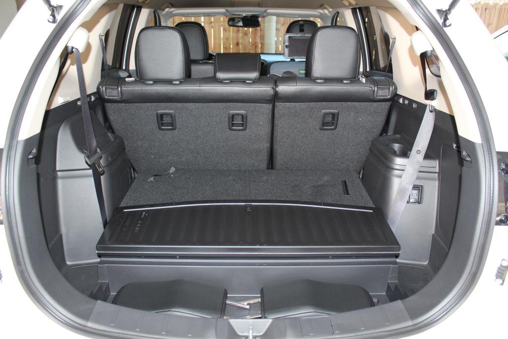 Mitsubishi 7 seater price