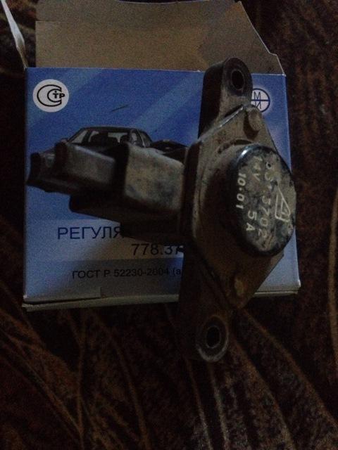 Фото №19 - ВАЗ 2110 замена регулятора напряжения