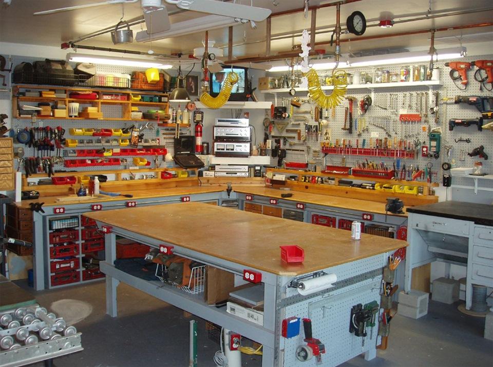 Столярная мастерская своими руками из гаража 54