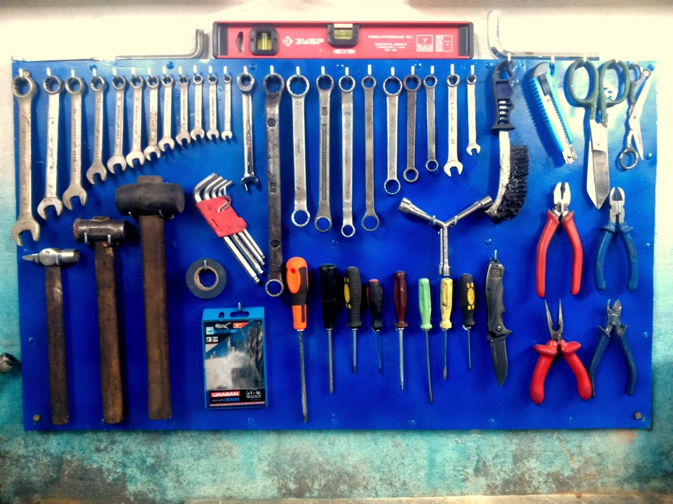 Как сделать стен для инструментов 55