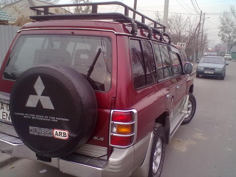 Багажник на mitsubishi pajero 2