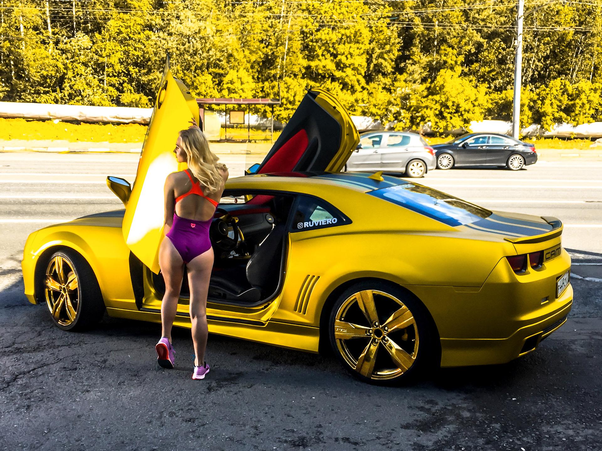 Sexy bitch on camaro, arab man paid for sex video