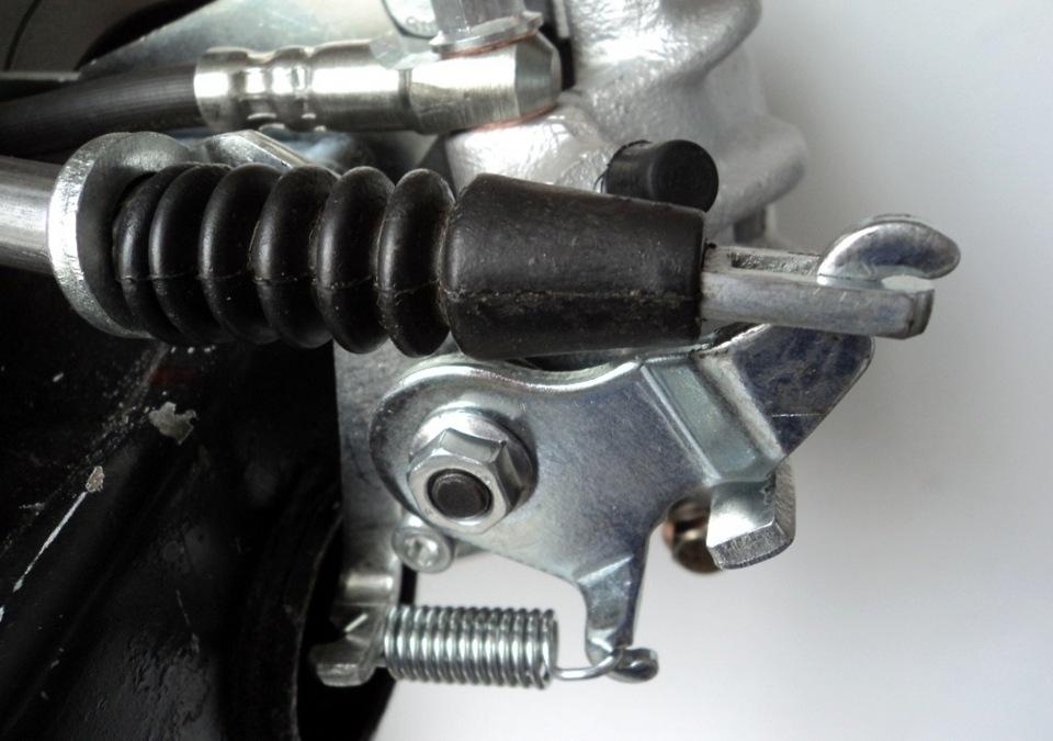 Задние дисковые тормоза на ваз 2190 с ручником своими руками 72