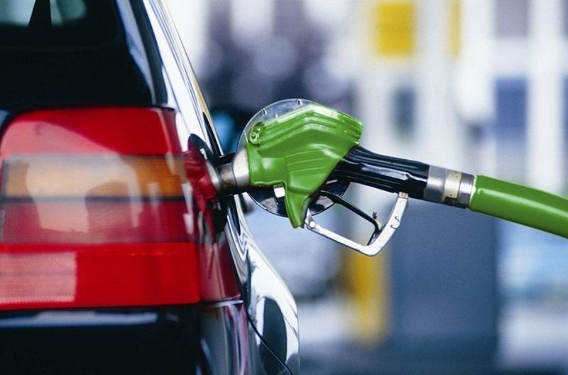 Сколько можно хранить бензин в канистре