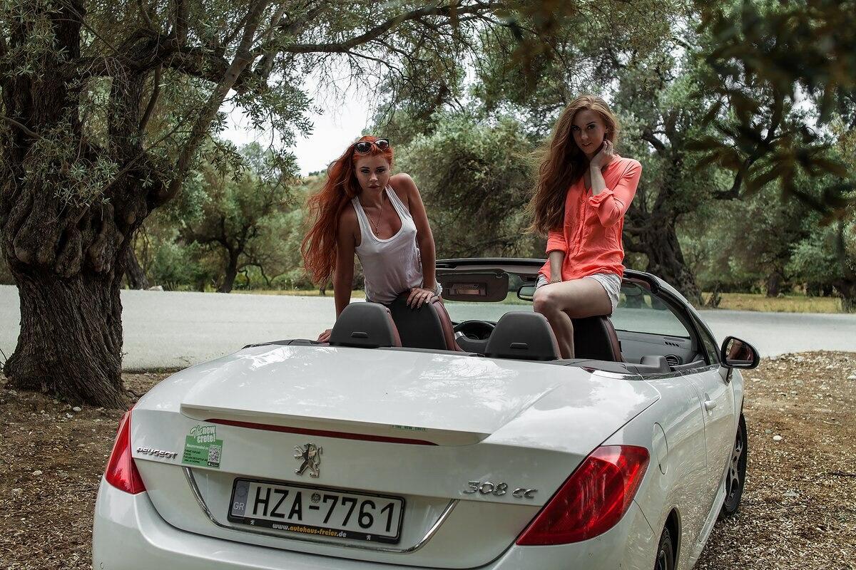 Пежо 308сс в оливковой роще на острове Крит