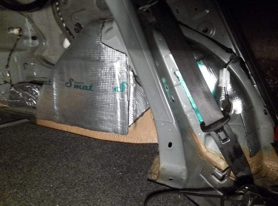 прокладка проводов в двери фольксваген поло седан
