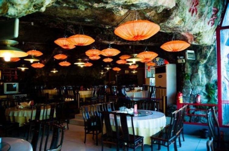Китайские кафе с голыми официантками фото 103-362