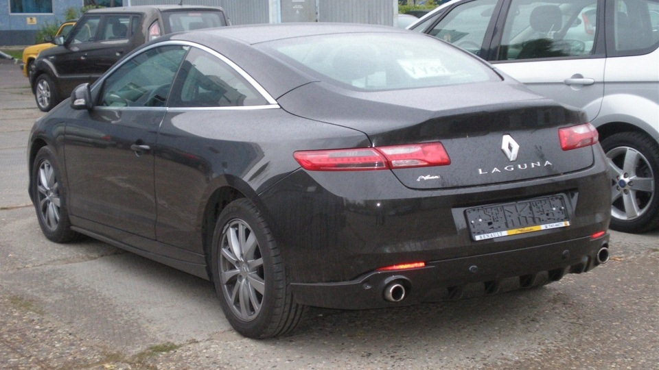Renault Laguna Coupe Drive2