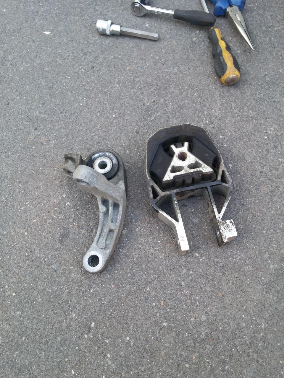 Wheel hop rear motor mount for Ford focus st rear motor mount