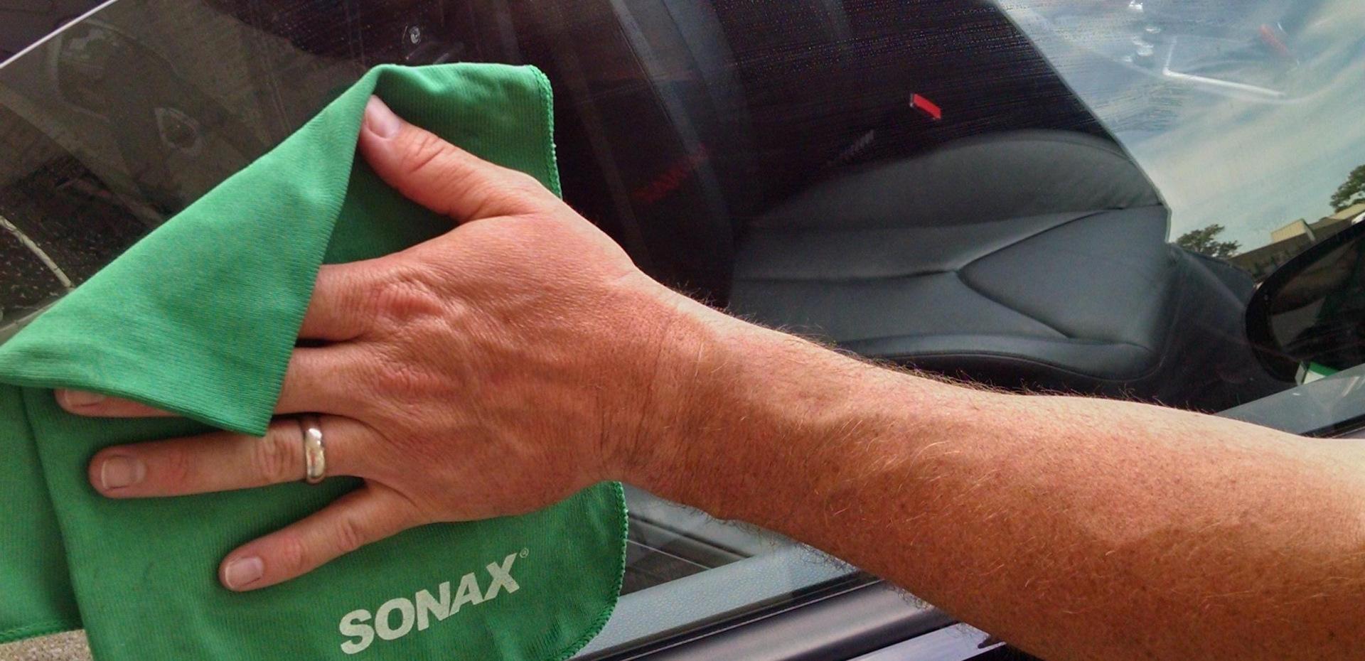 Как отполировать лобовое стекло своими руками без машинки фото 209