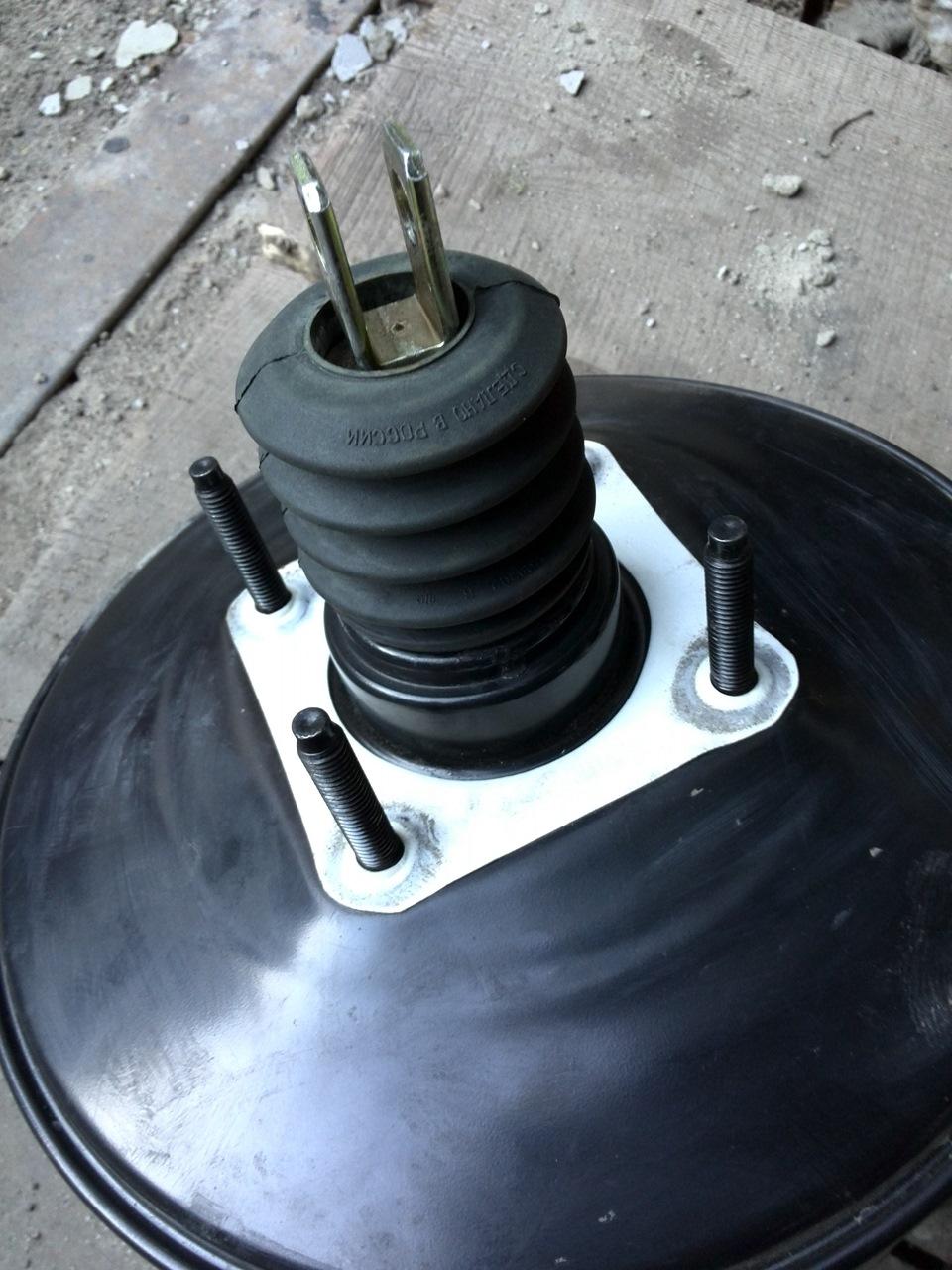 Замена вакуумного усилителя тормозов мазда демио Замена рычагов подвески mitsubishi