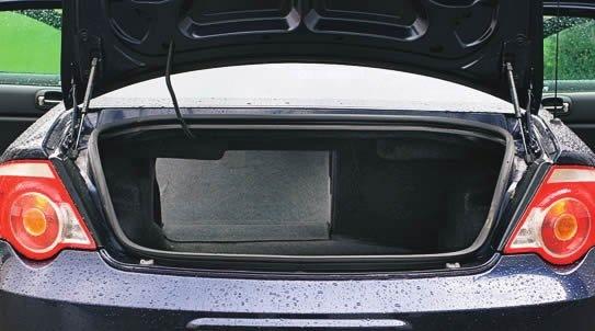 Volga Siber. Широкий проем открывает доступ в достаточно объемный багажник