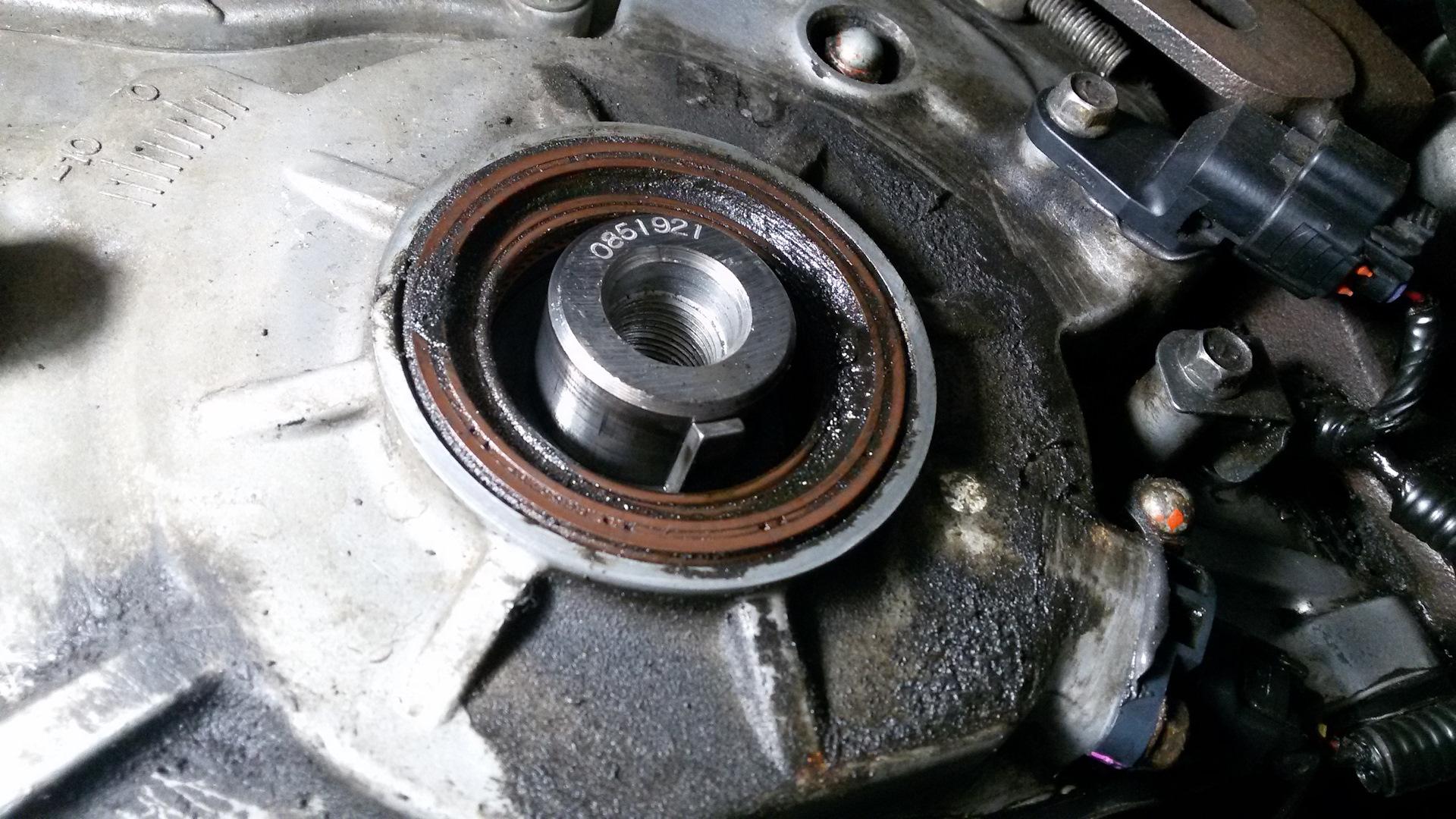 замена переднего сальника коленвала митсубиси паджеро 4