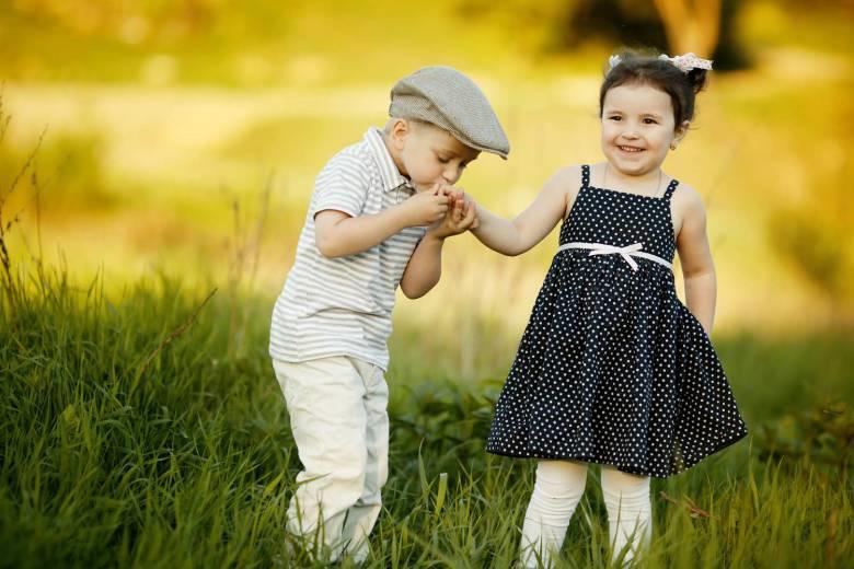 Картинки мальчика и девочки любовь, для новорожденных