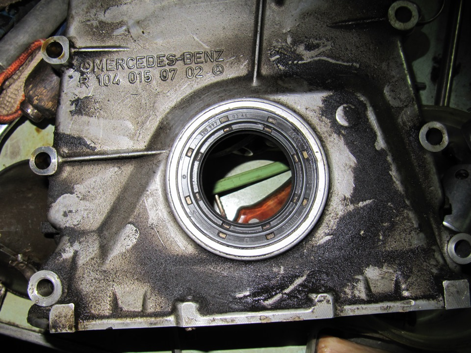 112 мотор мерседес сальник коленвала передний