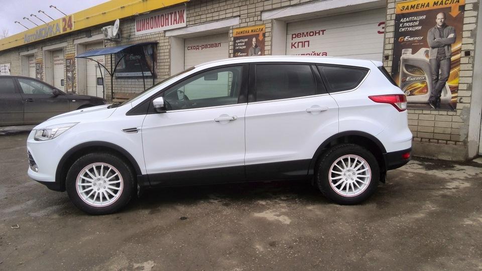 форд куга фото белый