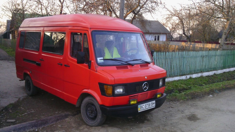 Mercedes benz t1 2 4d drive2 for Mercedes benz service charges