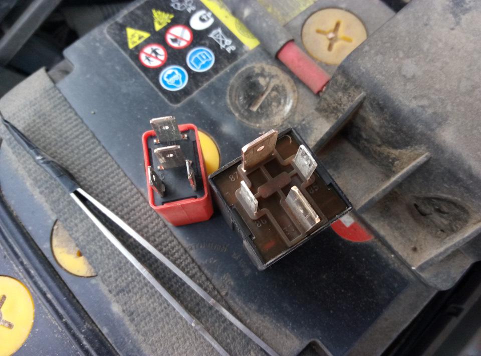 при запуске двигателя на фиат-албеа включается вентилятор