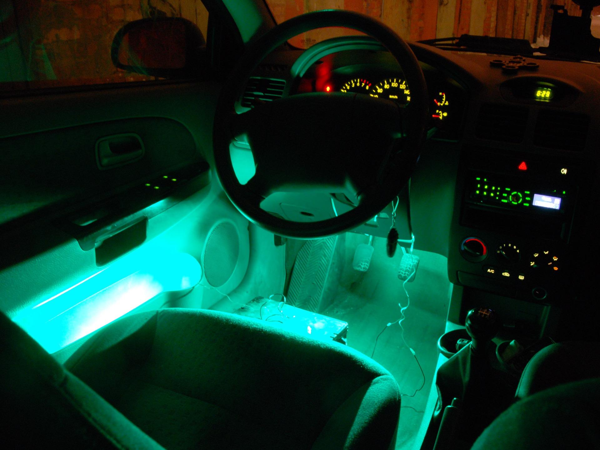 Тюнинг подсветки салона авто своими руками