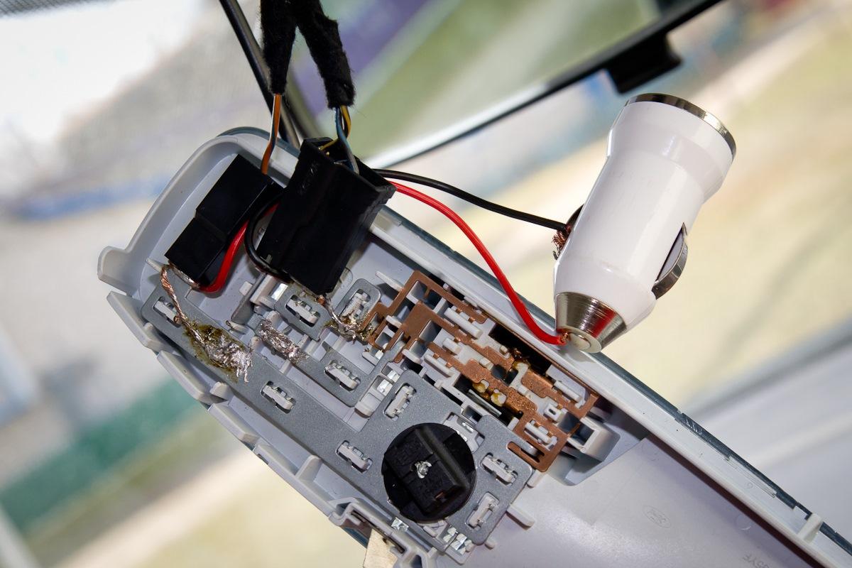 Как подключить регистратор к плафону видео автомобильные видеорегистраторы не на присоске