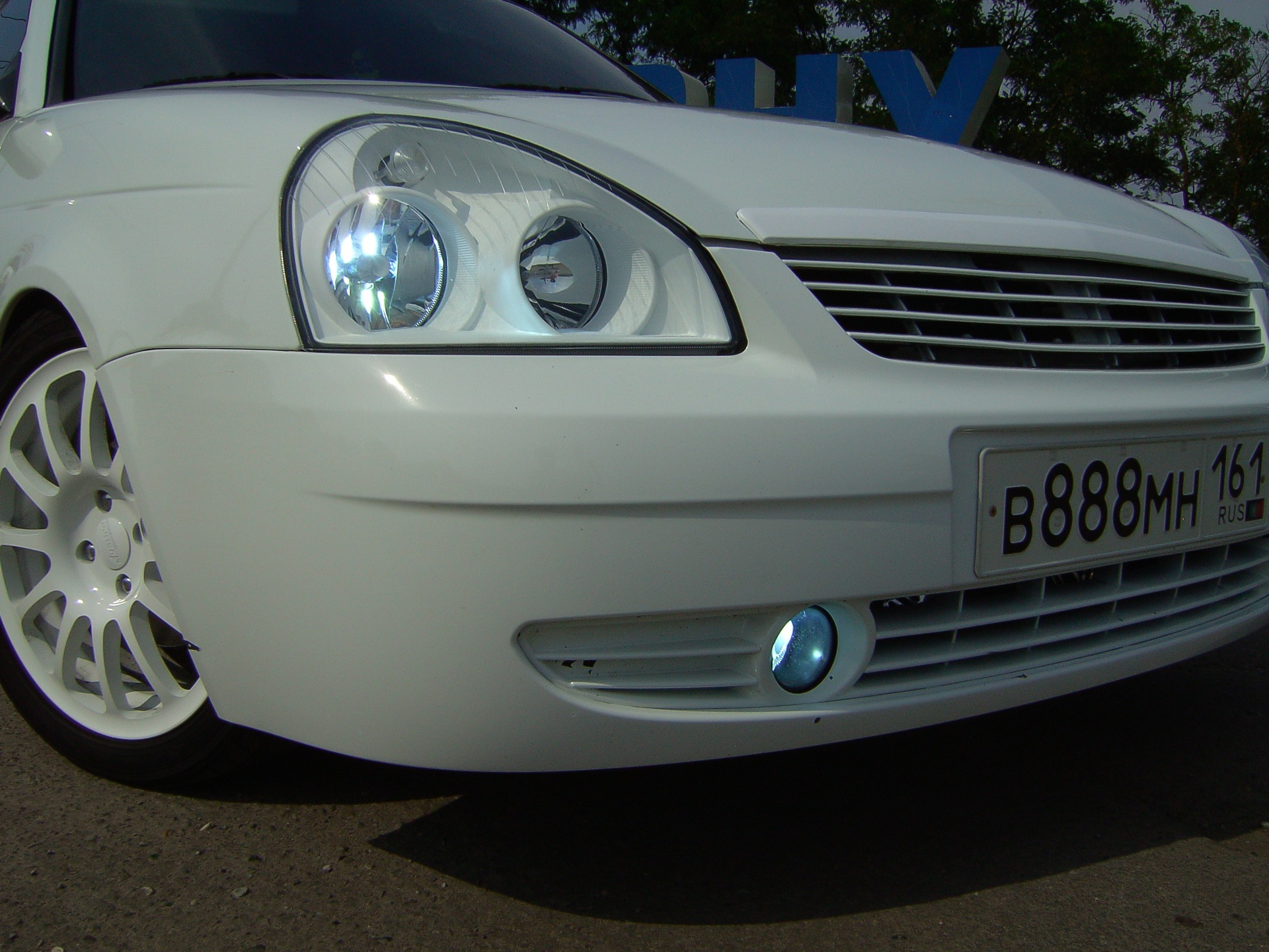 Белые фонари приора фото 522-7