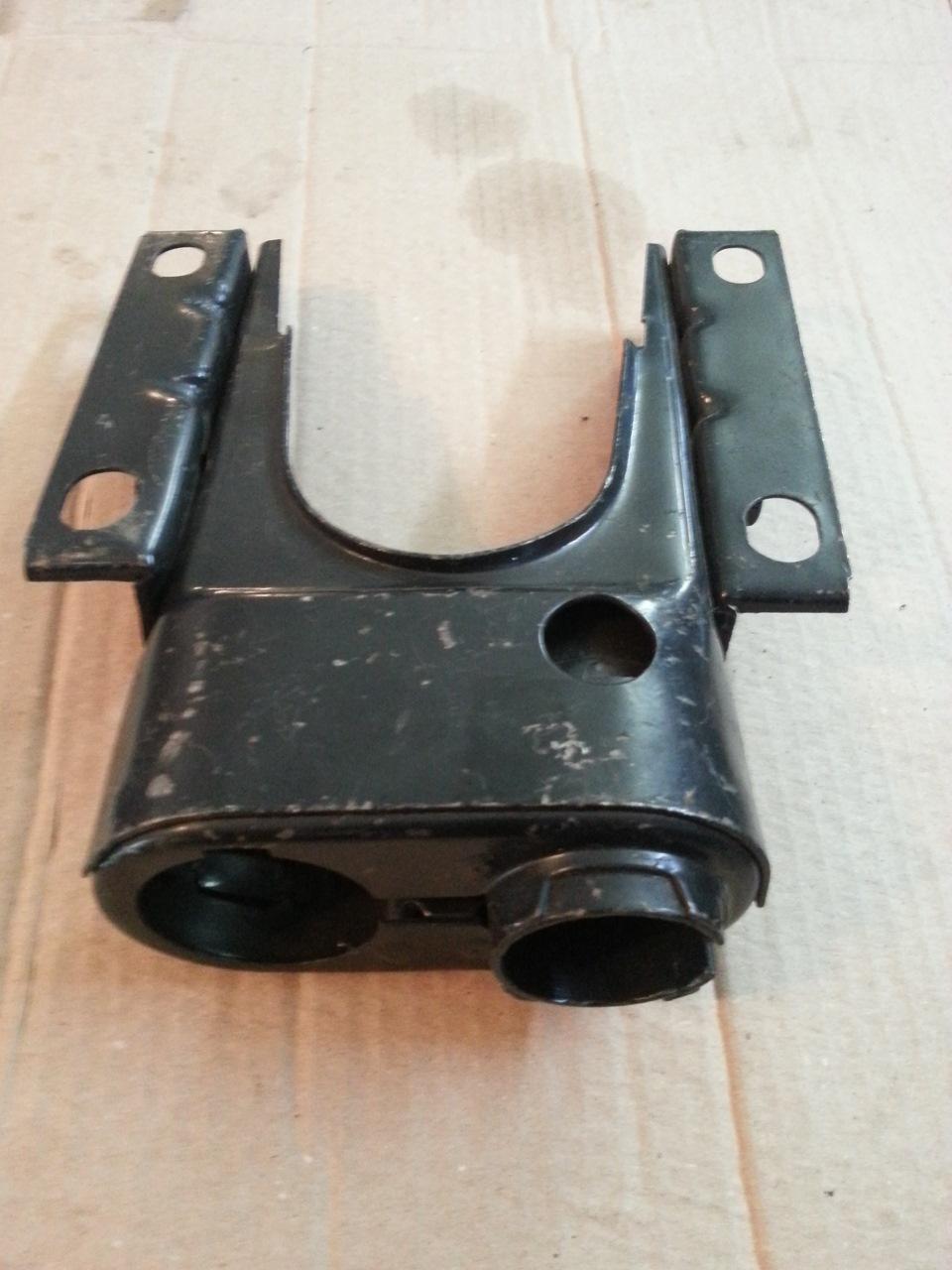 Кронштейн крепления рулевой колонки, верхняя часть Stels.