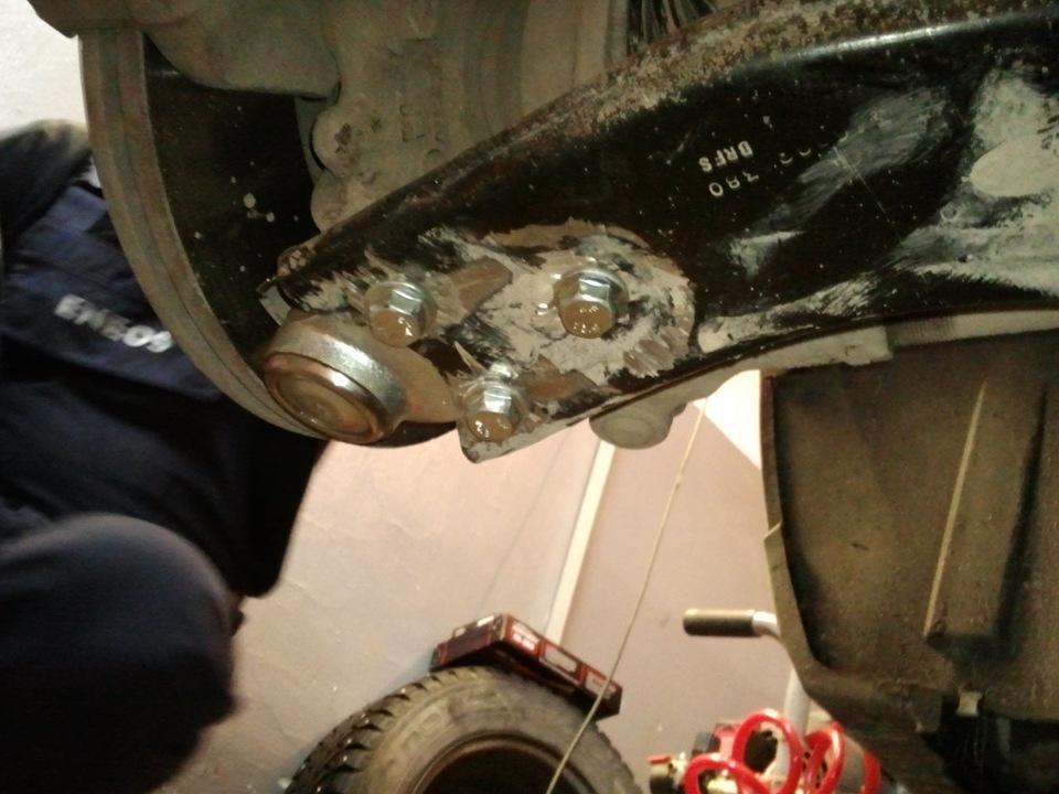Замена шаровой опоры форд фокус
