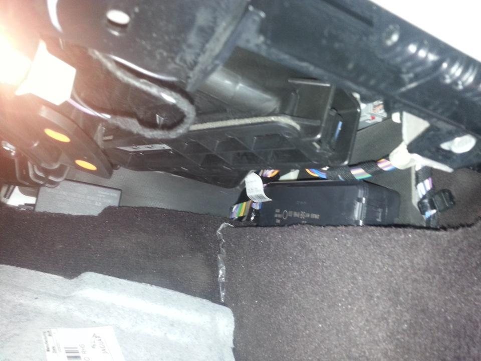 Замена салонного фильтра jaguar xf Замена натяжителя приводного ремня фф1