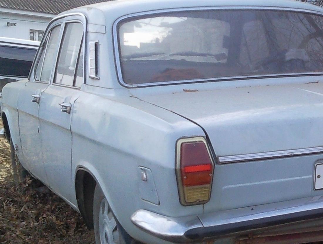 Привет помогите найти эл.схемы на ГАЗ 24-2410, желательно цветные схемы и версии для печати.  Спасибо.