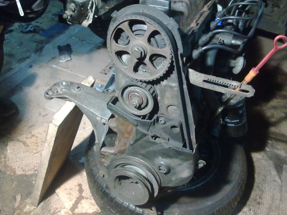 установка ремня грм на двигатель фольксваген 1.8