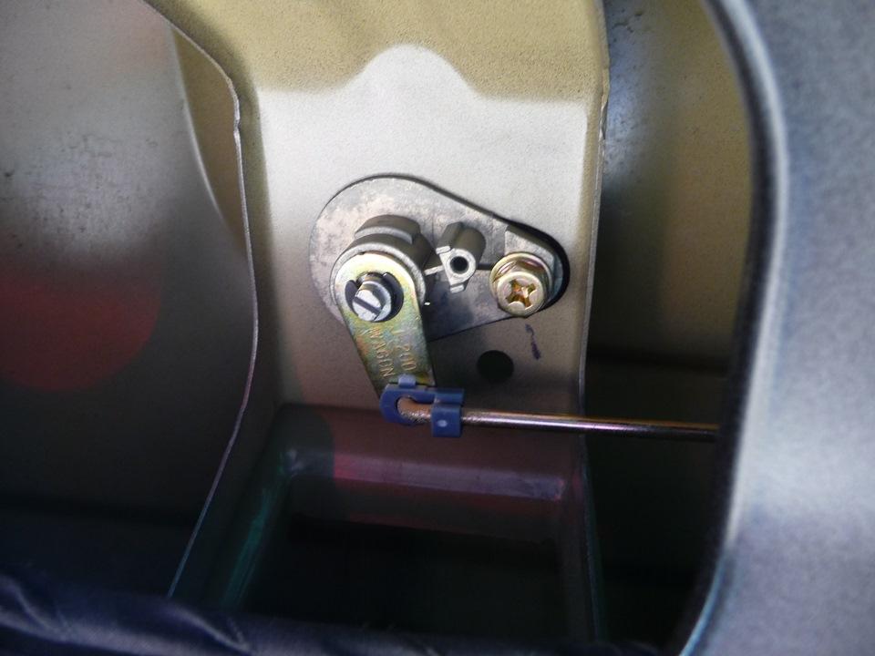 концевик двери багажника chevrolet lacetti