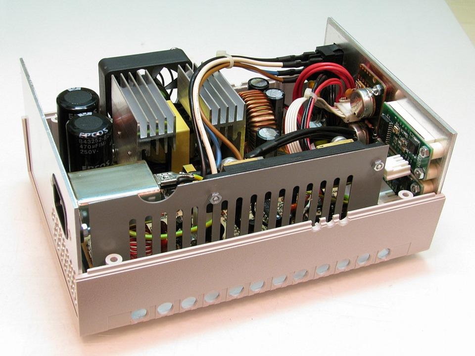 Лабораторный блок питания 10а из бп компьютера