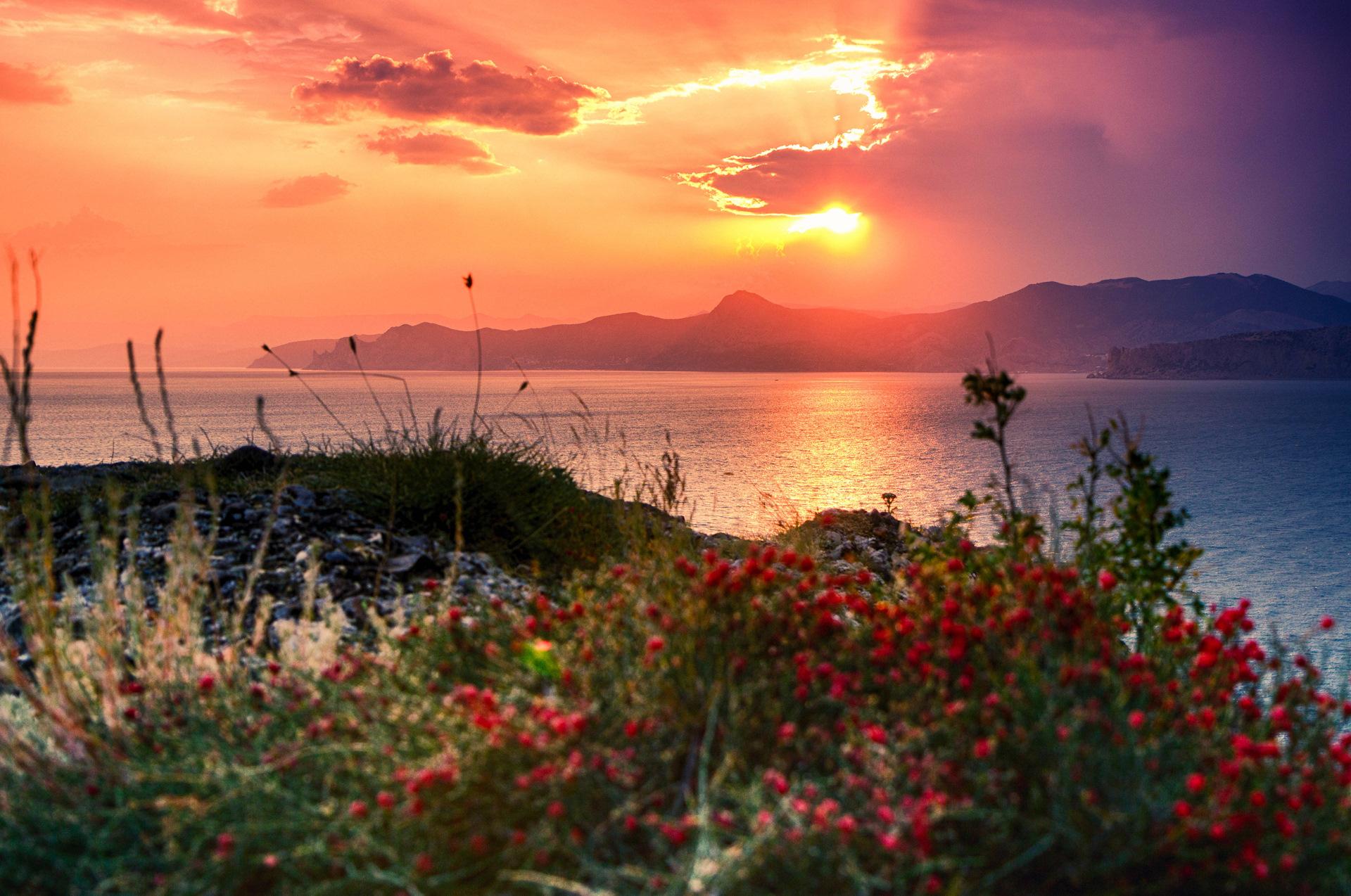 Заход солнца на море фото