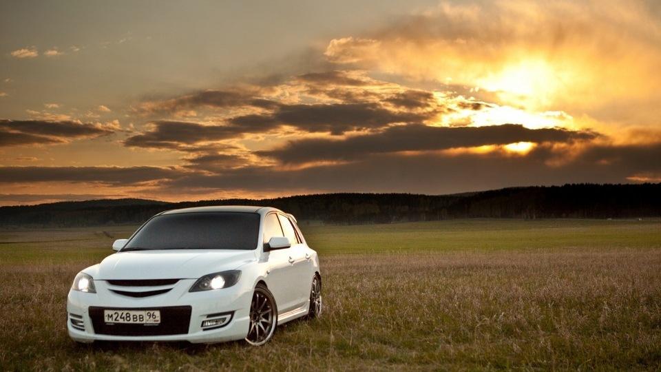 Mazda3 роботы город скачать