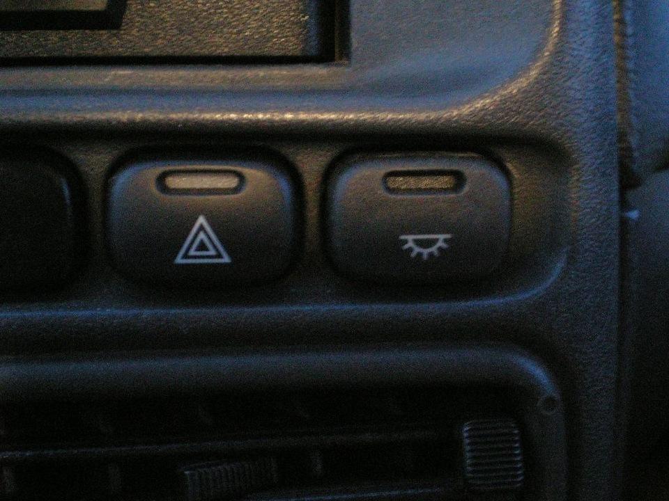 Фото №30 - значение кнопок на панели ВАЗ 2110