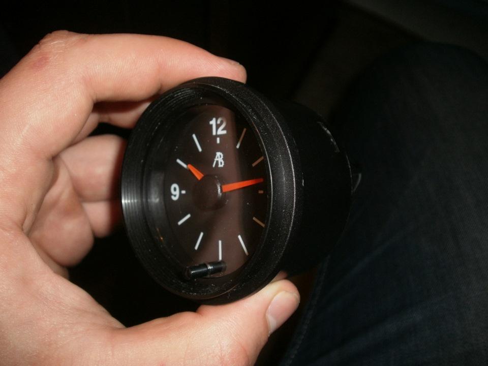 Часы автомобильные на присоске autoclock k компания из москвы.