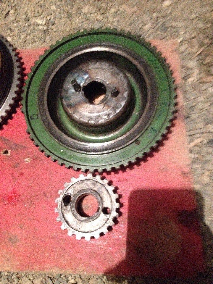 Как снять и открутить шкив коленвала на ВАЗ-2114?