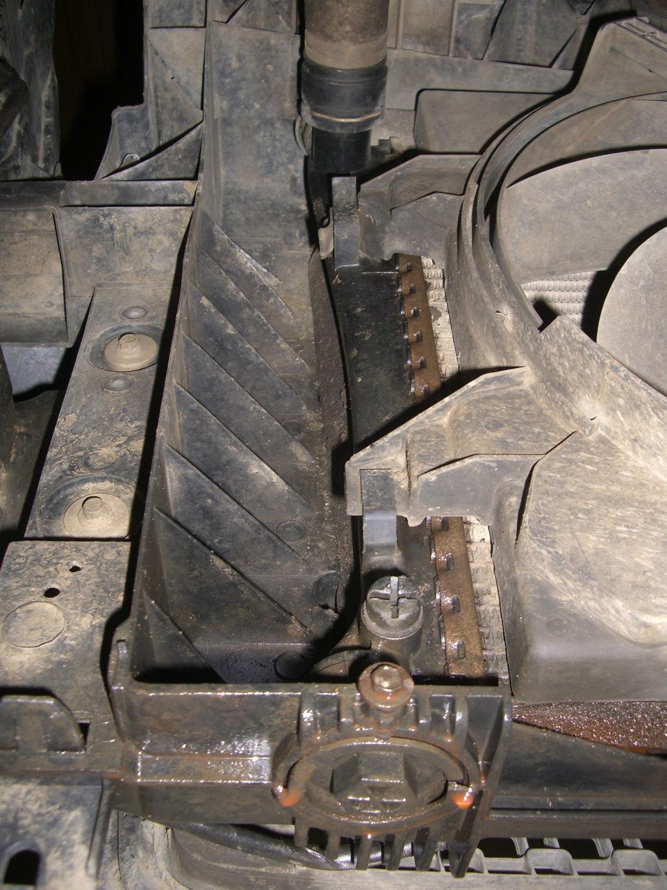 течь радиатора ford fusion