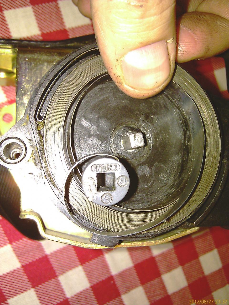 Фото №21 - ремонт ремня безопасности ВАЗ 2110