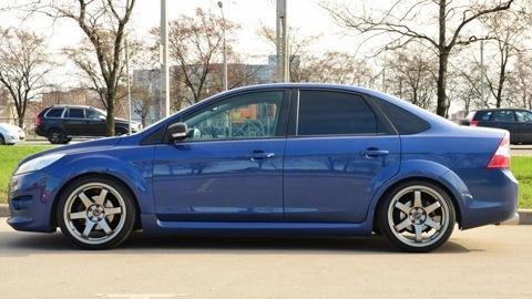 Синий форд фокус фото