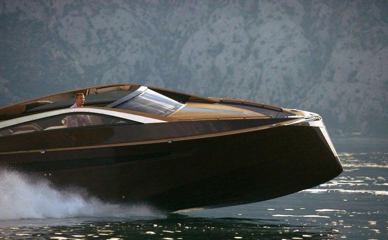 Моторна яхта своими руками