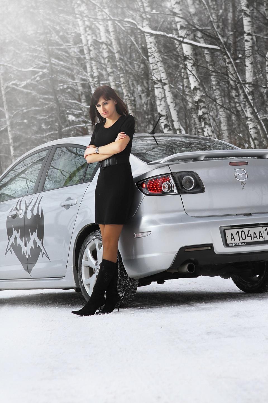 Зимняя фотосессия девушка с машиной