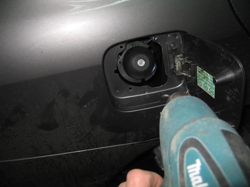 Как Слить Бензин С Рено Логан Видео