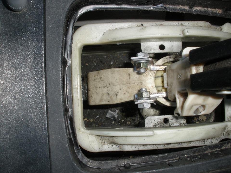 сломалось пластмассовое кольцо кулисы opel vectra b