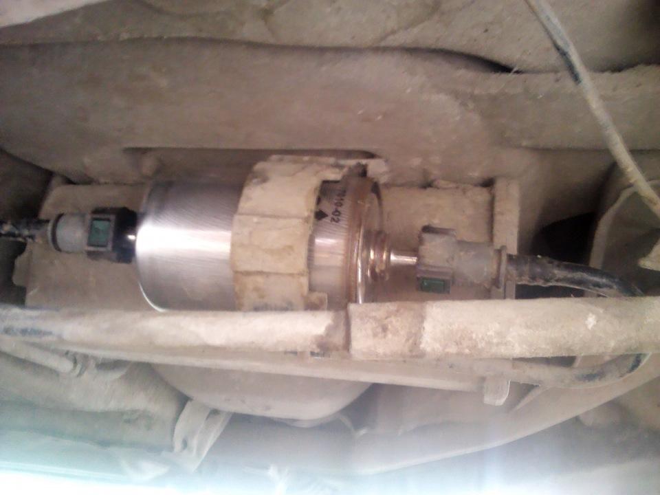 Фото №11 - топливный фильтр ВАЗ 2110 на защелках