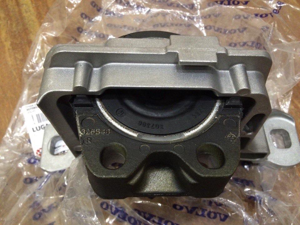 замена подушек двигателя на mazda b2500
