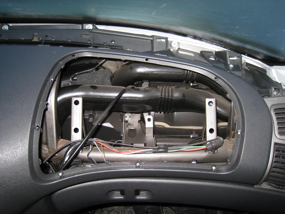 Чем натереть стекла в машине чтобы не потели