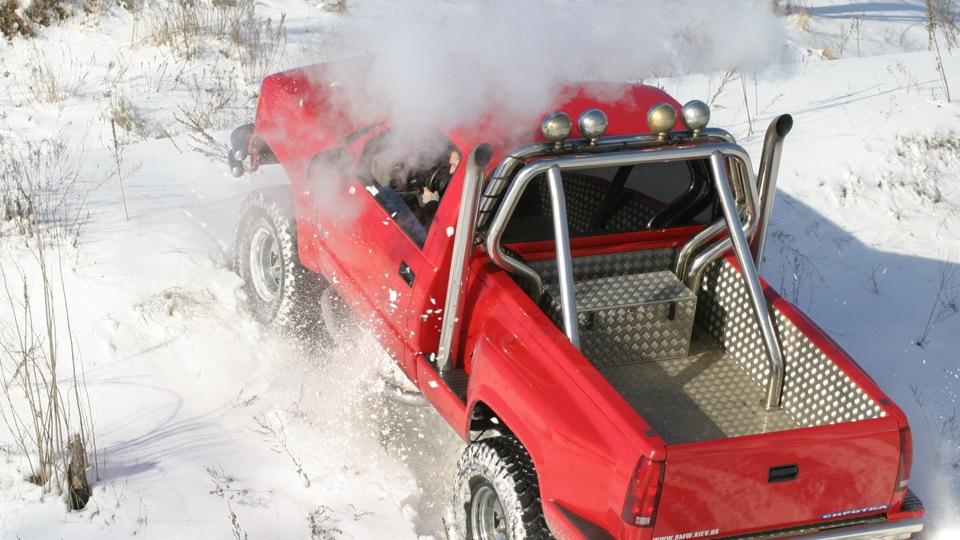 Chevrolet Silverado K1500 Sirotka Drive2
